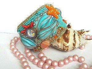 браслетскристаллами море сутажныйбраслет подарокдевушке стильныеукрашения сутажныеукрашения красивыйбраслет голубойбраслет новогоднееукрашение бижутерия необычныйбраслет