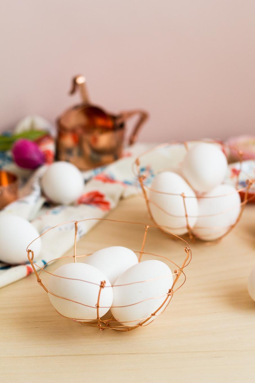 яйца проволока пасха корзинка