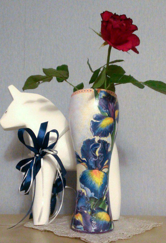 ирисы декоративнаятарелка точечнаяроспись декупаж handmade ваза декор ручнаяработа фантазия подарок