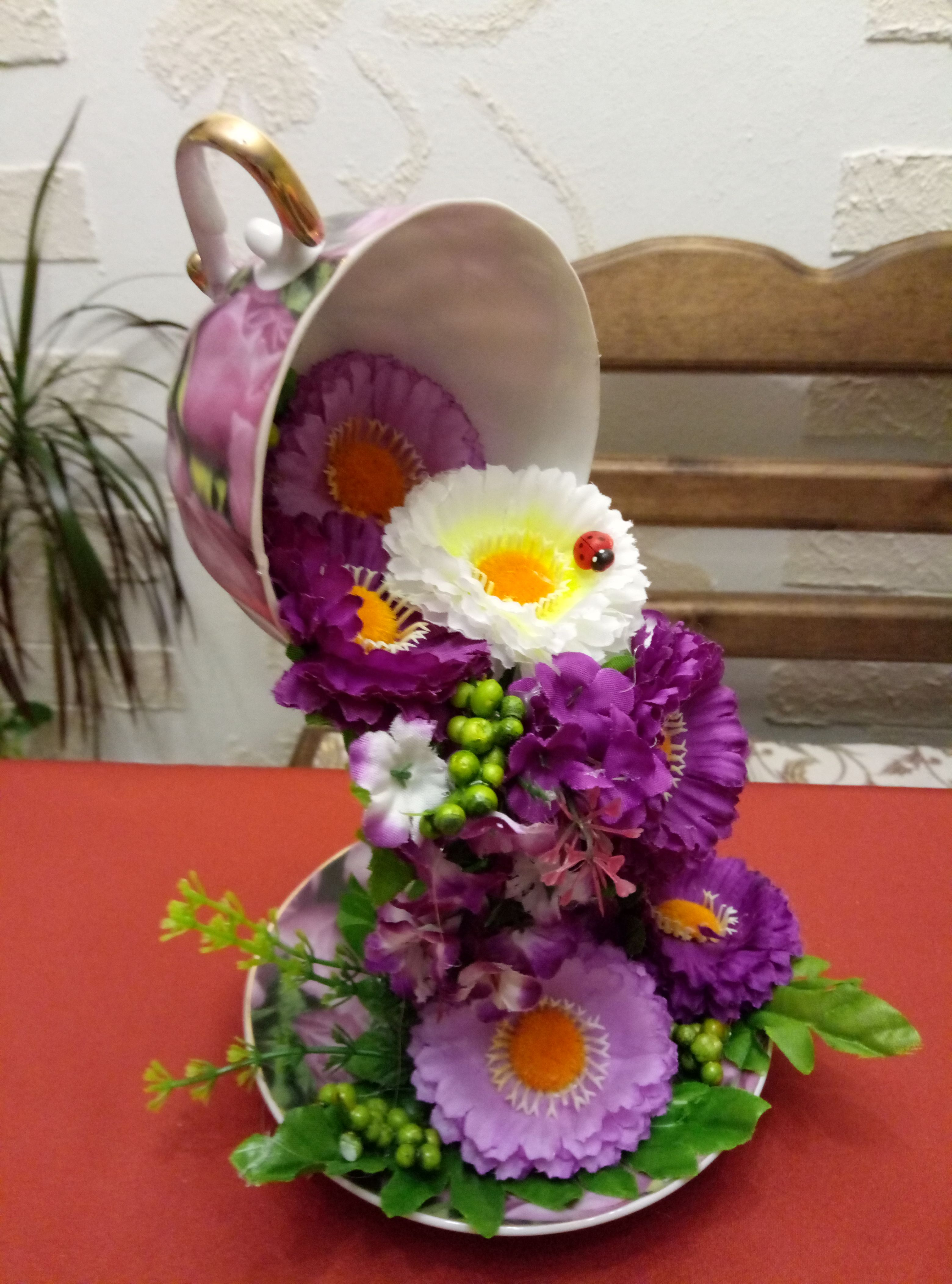 весна праздник цветы подарок