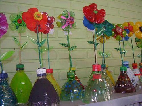 Как сделать цветы из бутылок в сад