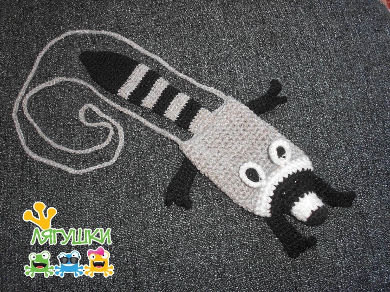 вязанаясумка сумка трилягушки smartphonebag muppet racoon crochetbag полосатыйхвост очаровательнаяигрушка чехолдлясмартфона енотполоскун енот