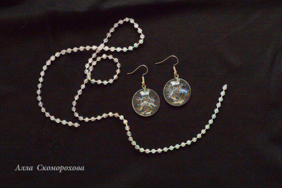 эпоксиднаясмола handmade серьги одуванчик изсмолы минимализм стиль ювелирнаясмола украшения смола изодуванчиков аксессуары бижутерия эко украшение ручнаяработа подарок
