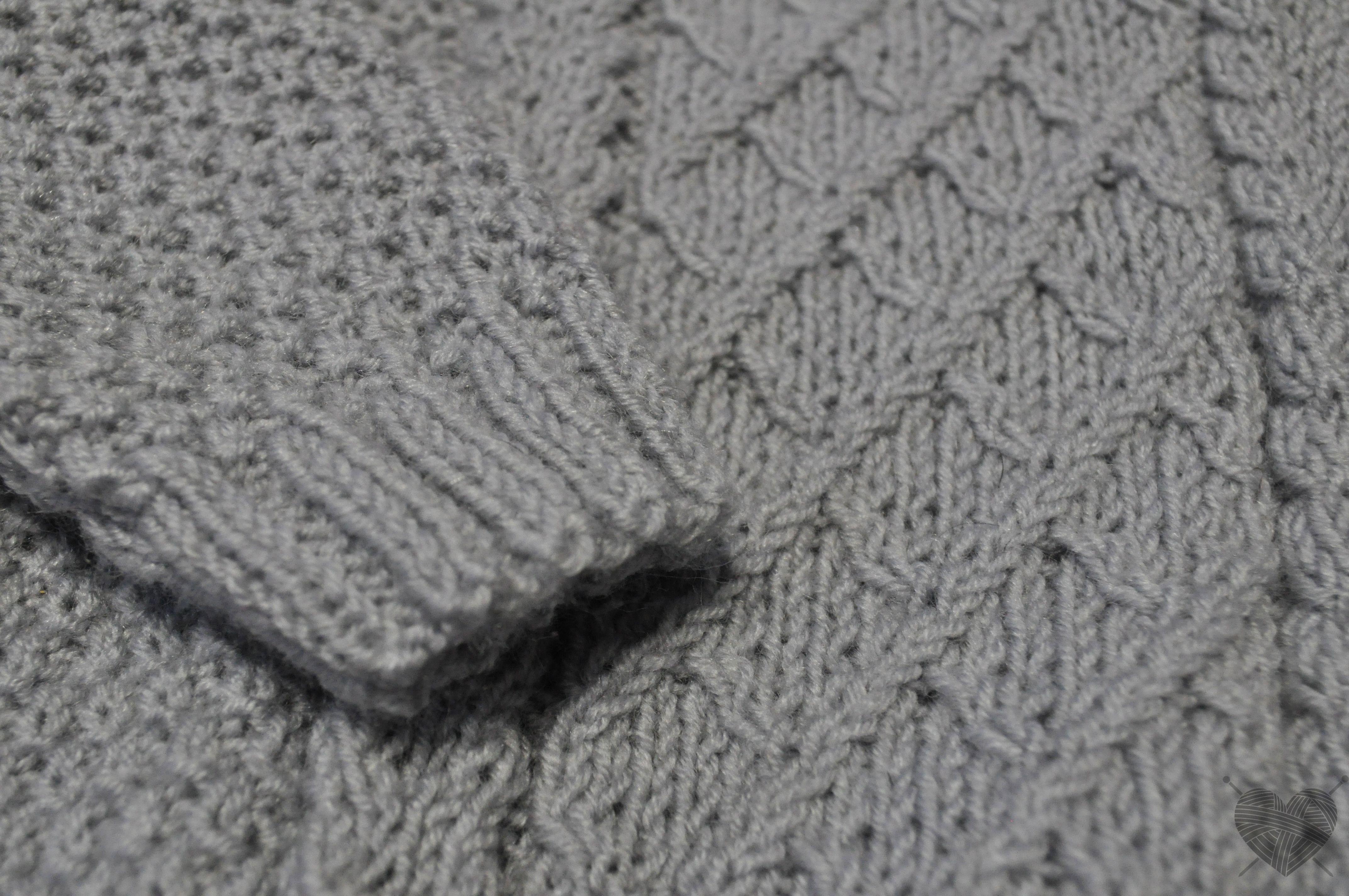 детскаямода серыйджемпер лунныйкамень вязаныйджемпер джемпердлямальчика ручнаяработа вязаниедлядетей