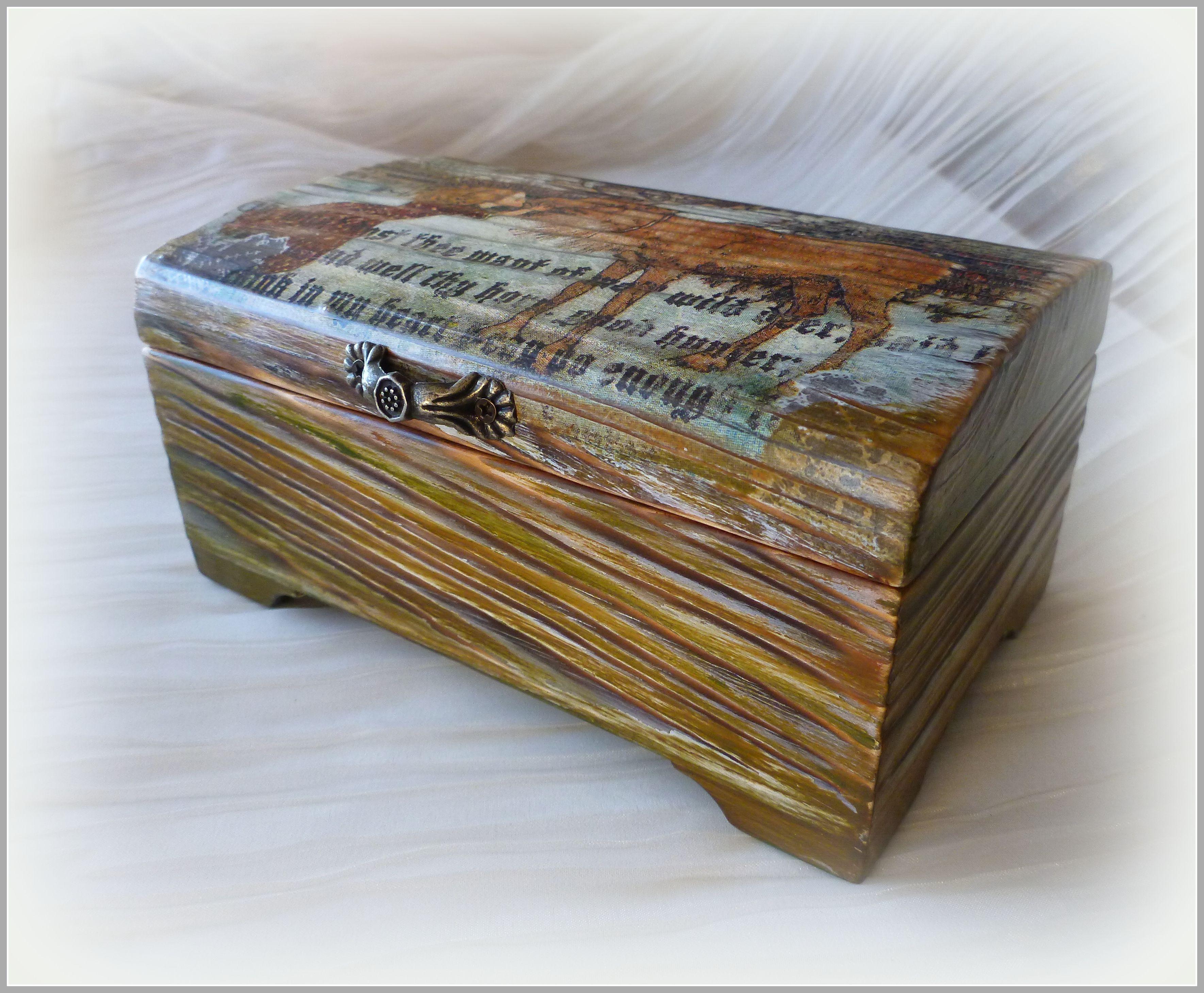 шкатулкадекупаж зеленый новыйгод коричневый новогодний коробка снежнаякоролева длямелочей сундучок сундук дляхранения 2017 шкатулкакупить деревяннаяшкатулка декупаж шкатулка дляукрашений короб винтаж