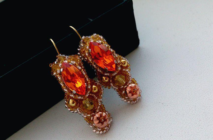 украшения биконусы handmade swarovski кристаллы серьги ручнаяработа канитель