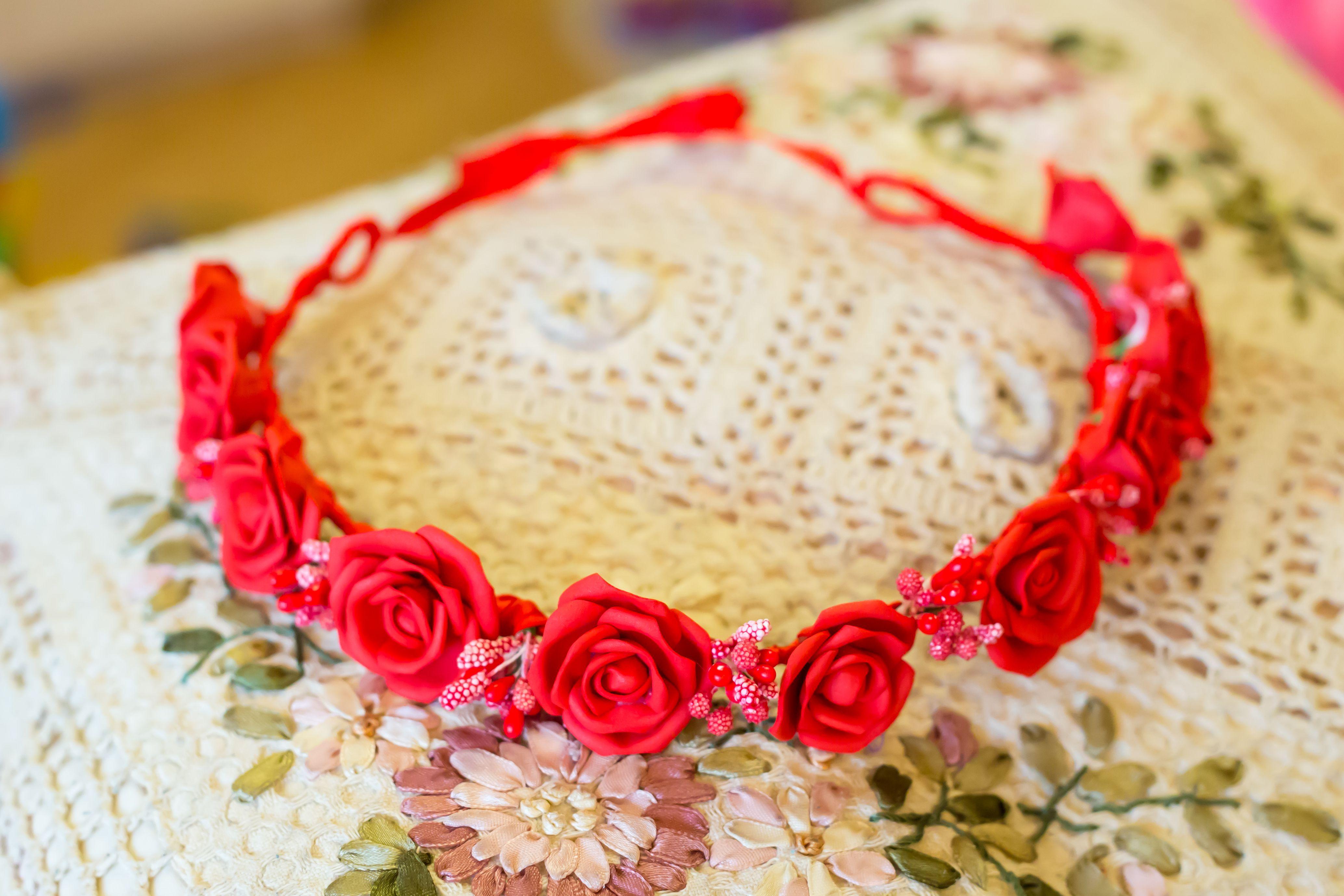 тычинки красивый нежный фоамиран свадебный венок цветы красный атлас