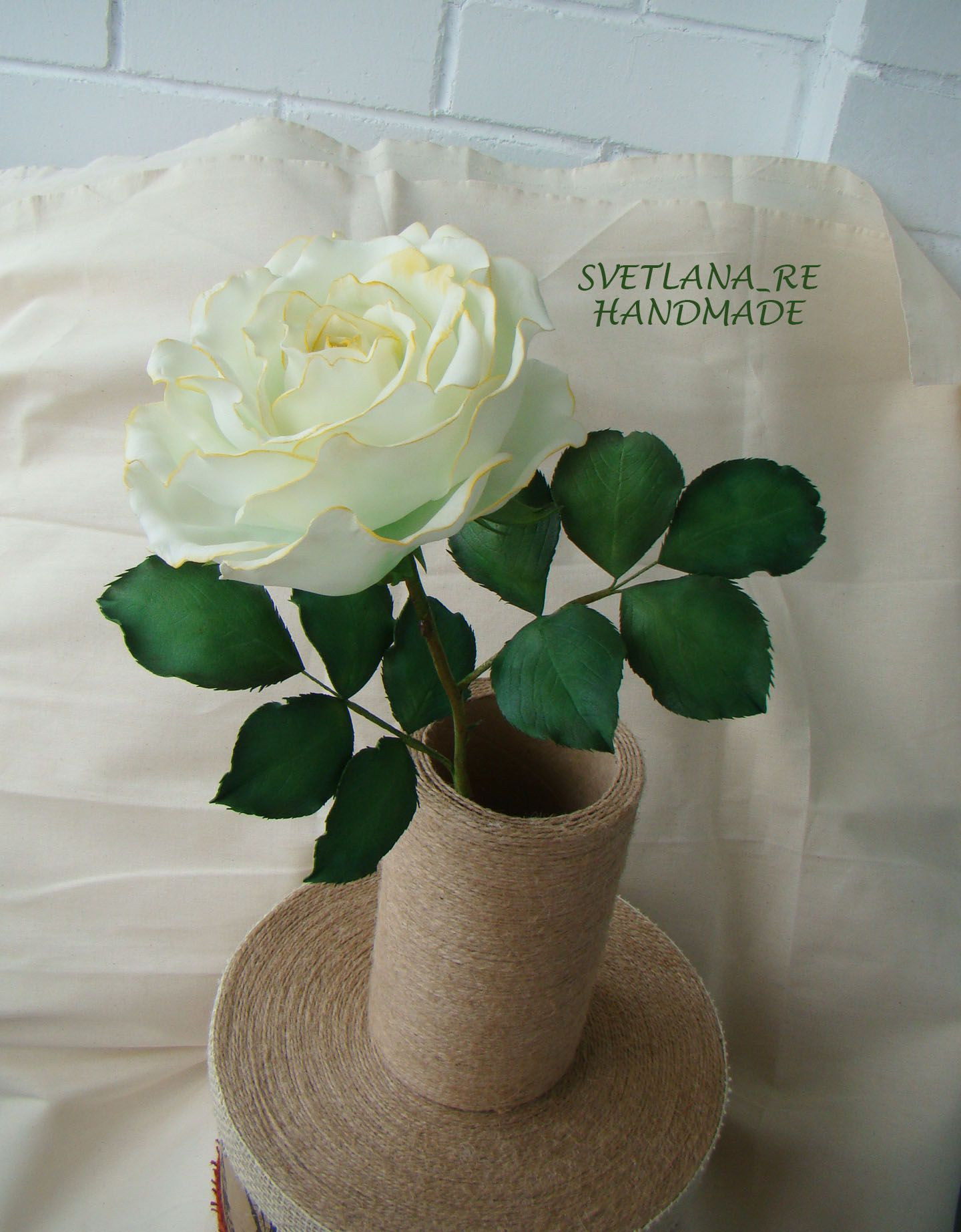 фоамиран интерьер роза