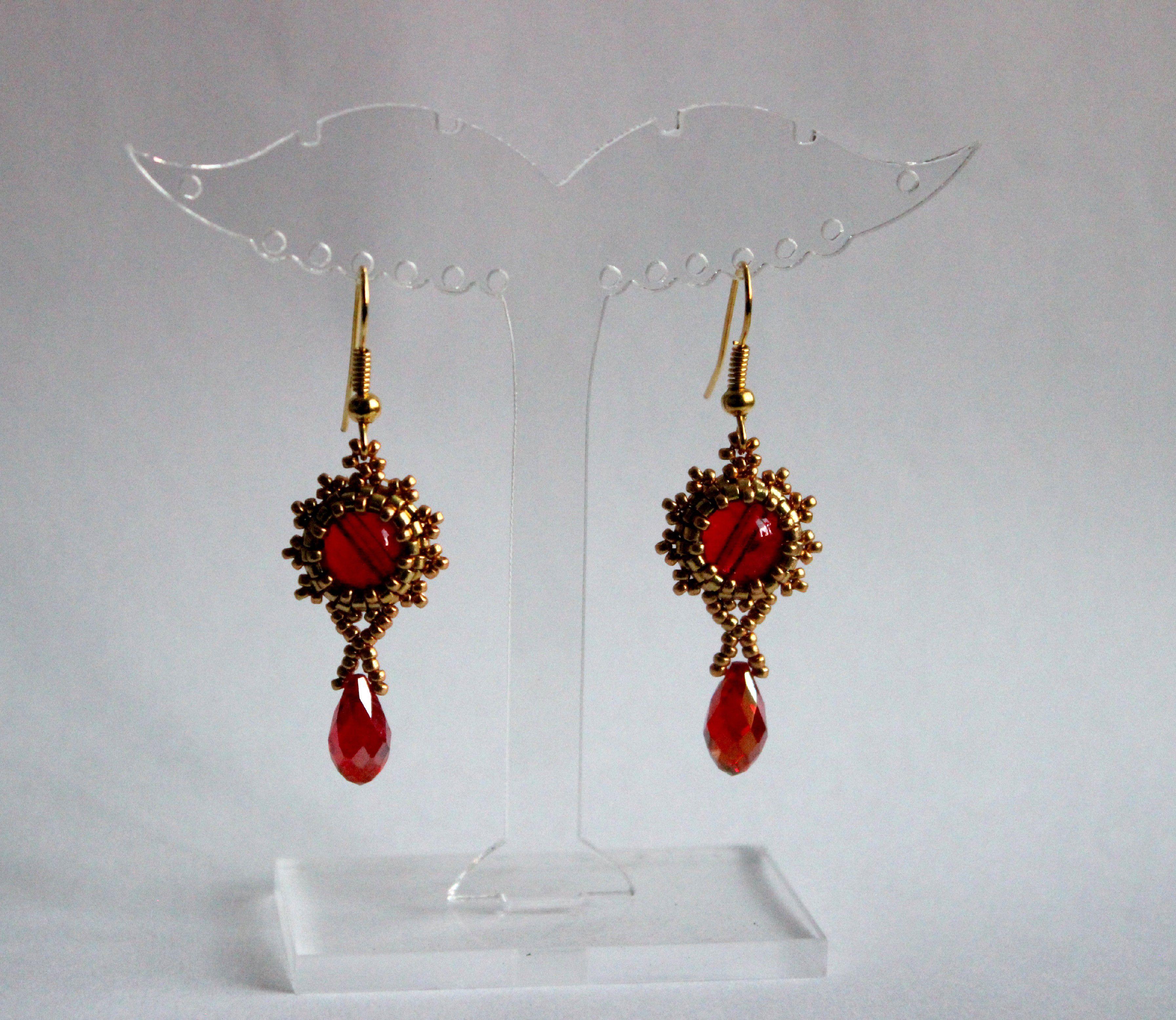 бисер серьги бисероплетение золотой бусины красный украшения бижутерия
