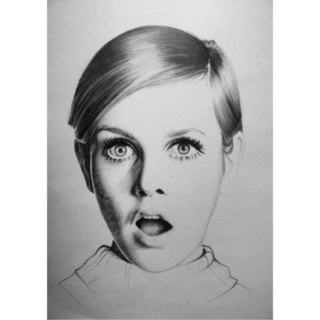 карандаш портрет одрихепберн
