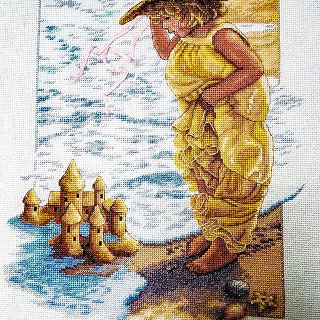 картину купить картина подарок море крестиком livemaster item kartiny panno песка vyshitaya kartina zamok peska вышитая ручная замок интерьер гостиную девочка вышитое вышивка крестом готовая интерьерная