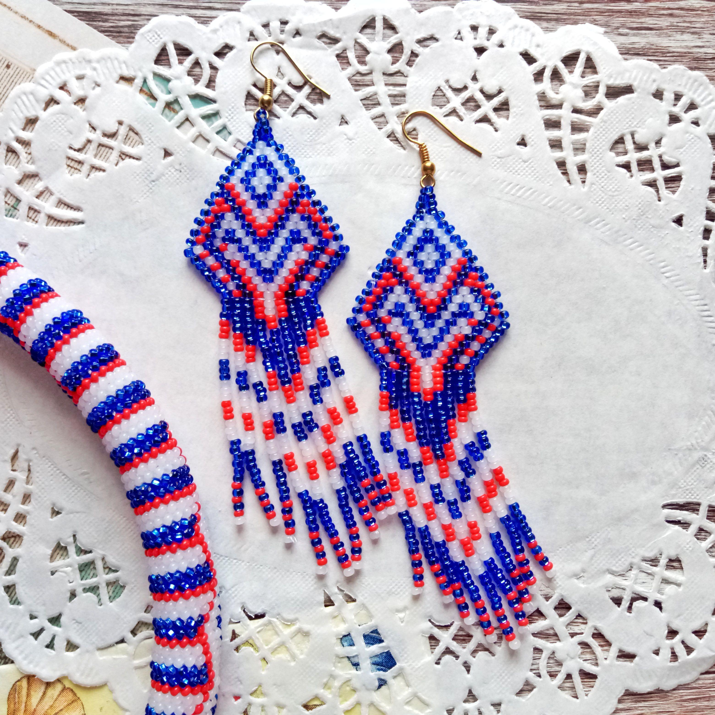 бижутерия подарок белый красный серьги бисер синий