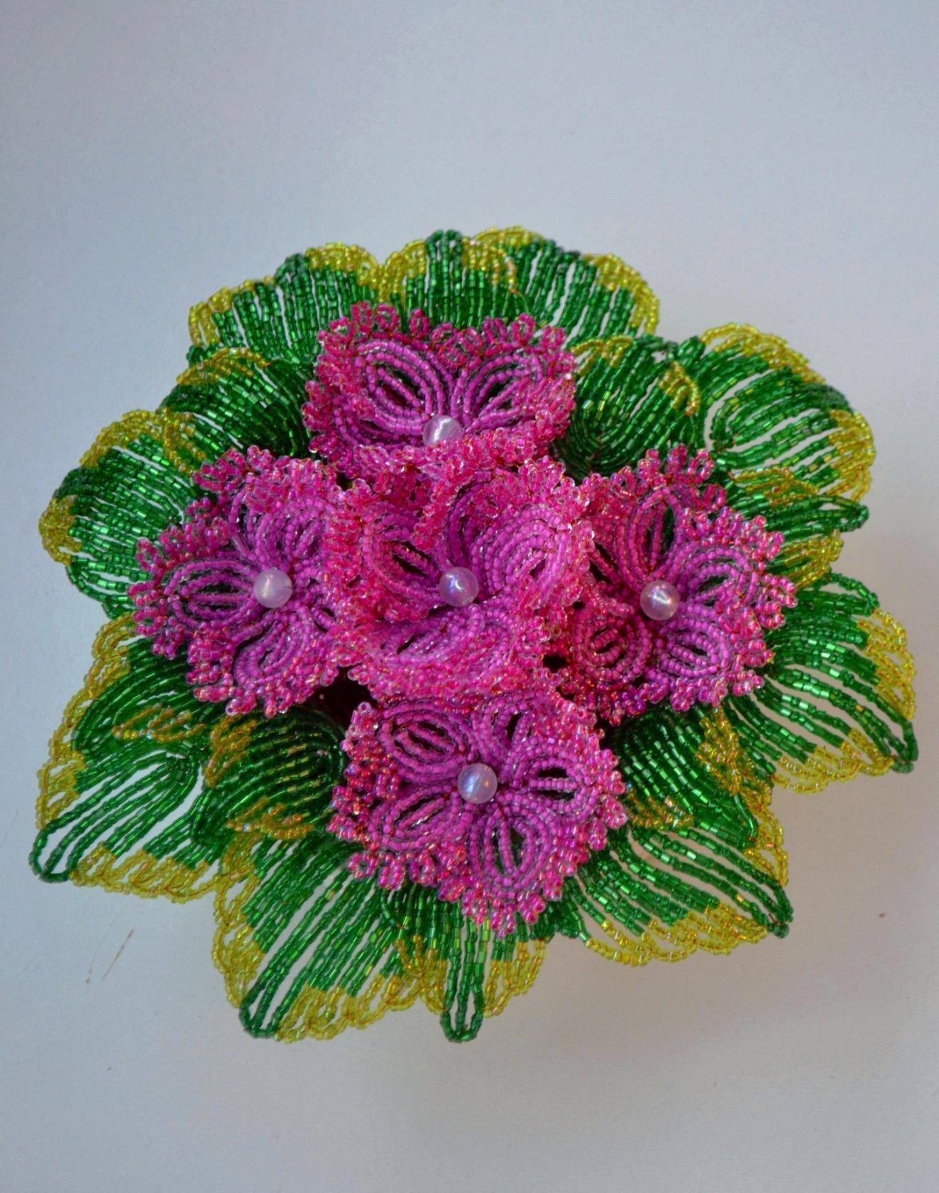 8марта бисер фиалки букет сувенир весна подарок цветы