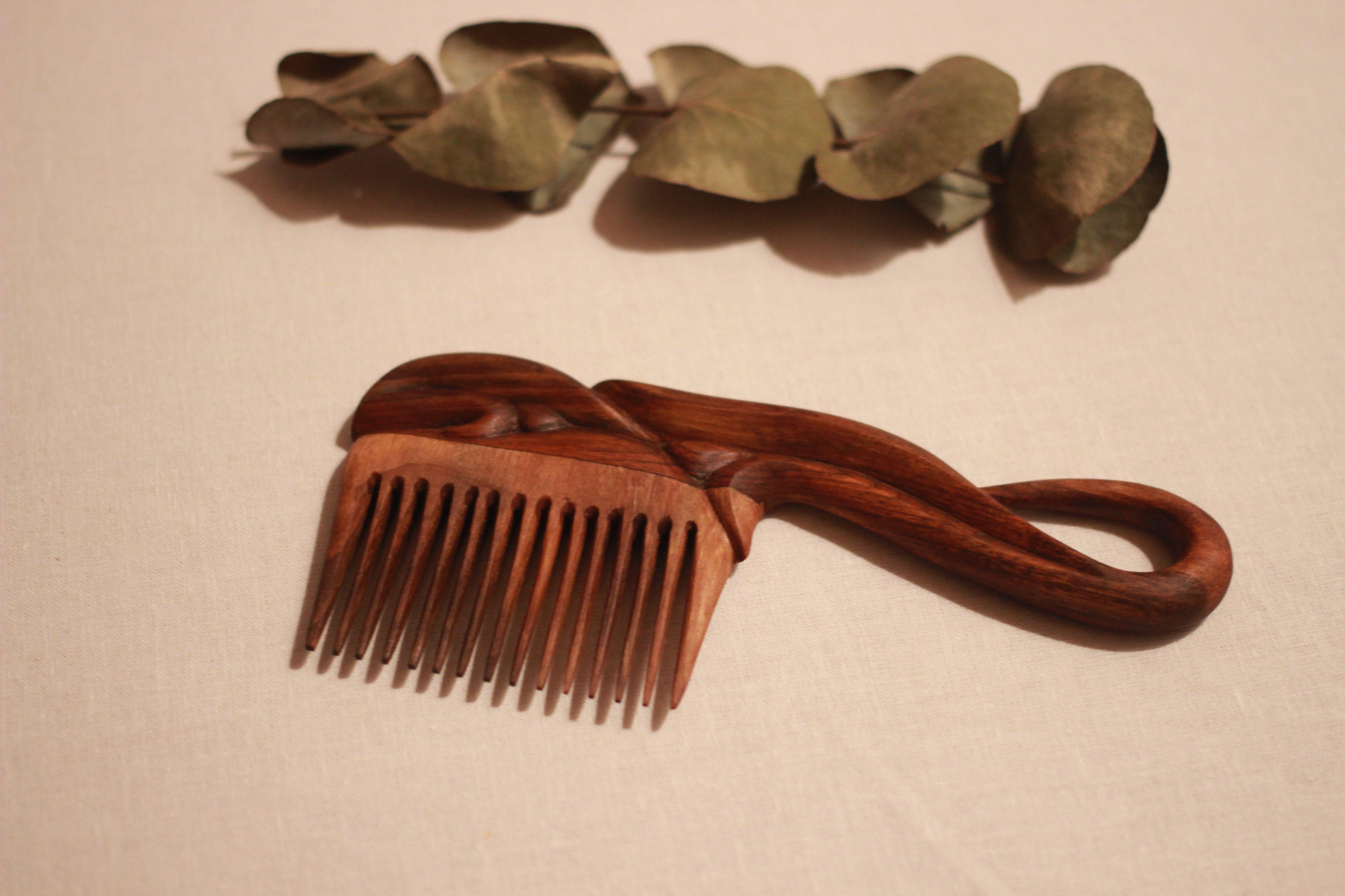 расческа девушке деревянная деревянный набор резная для заколка подарок женщине дереву резьба