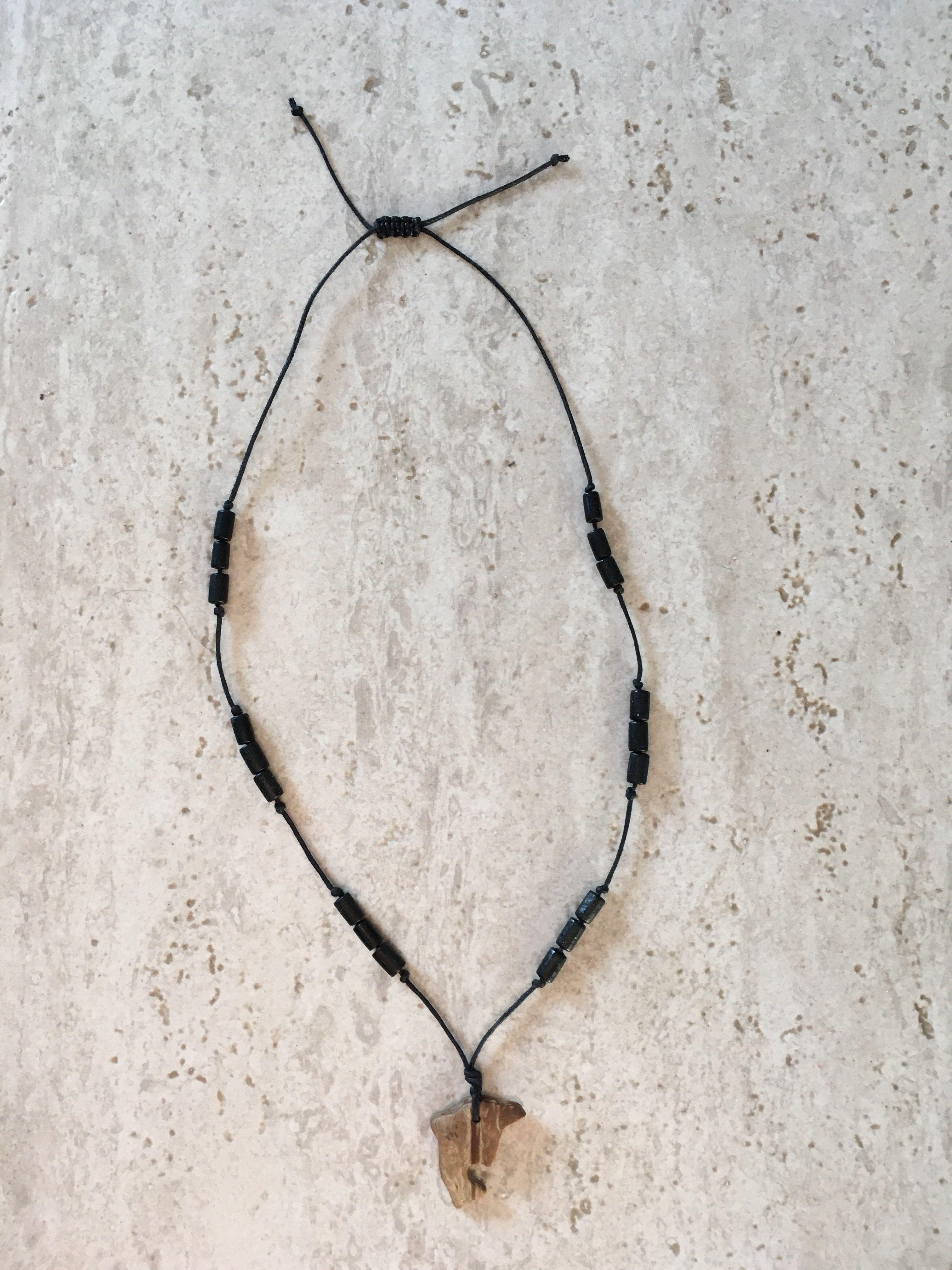 дельфин дерево аксессуар ожерелье