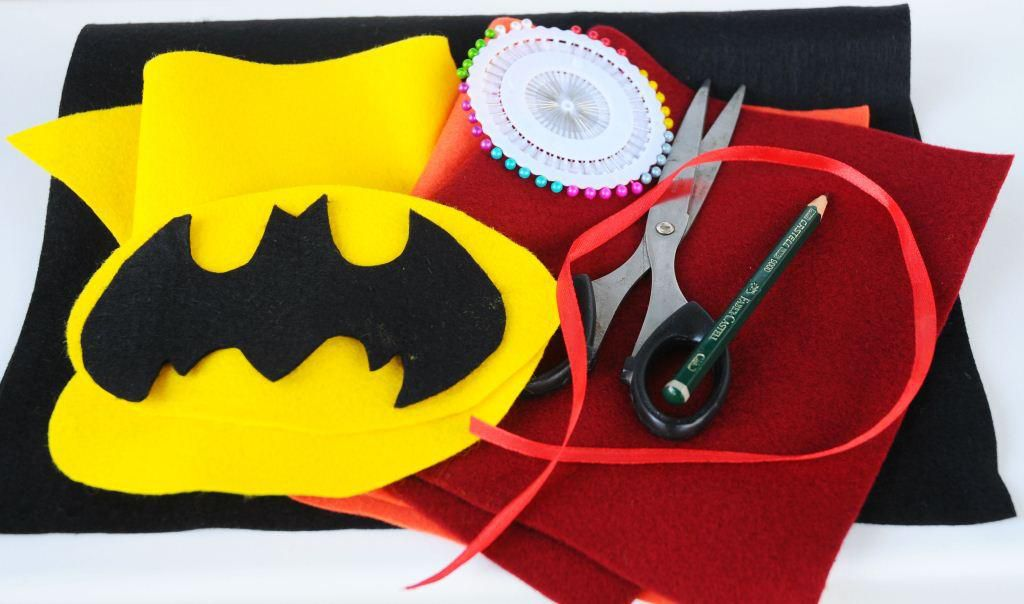 бэтмен рок поделкиизфетра подарок сделайсам креатив идеяподарка саше гитара хендмейд своимируками подаркидлямужчин