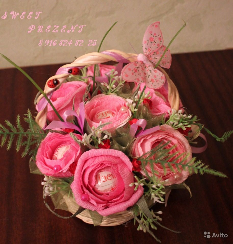 розы 8марта сладкийподарок праздник букетизконфет свитдизайн тюльпаны работа ручнаяработа цветы