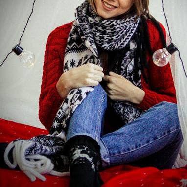 жаккард шарф белый палантин вязаный купить девушками шерсть чёрный ручнаяработа подарок