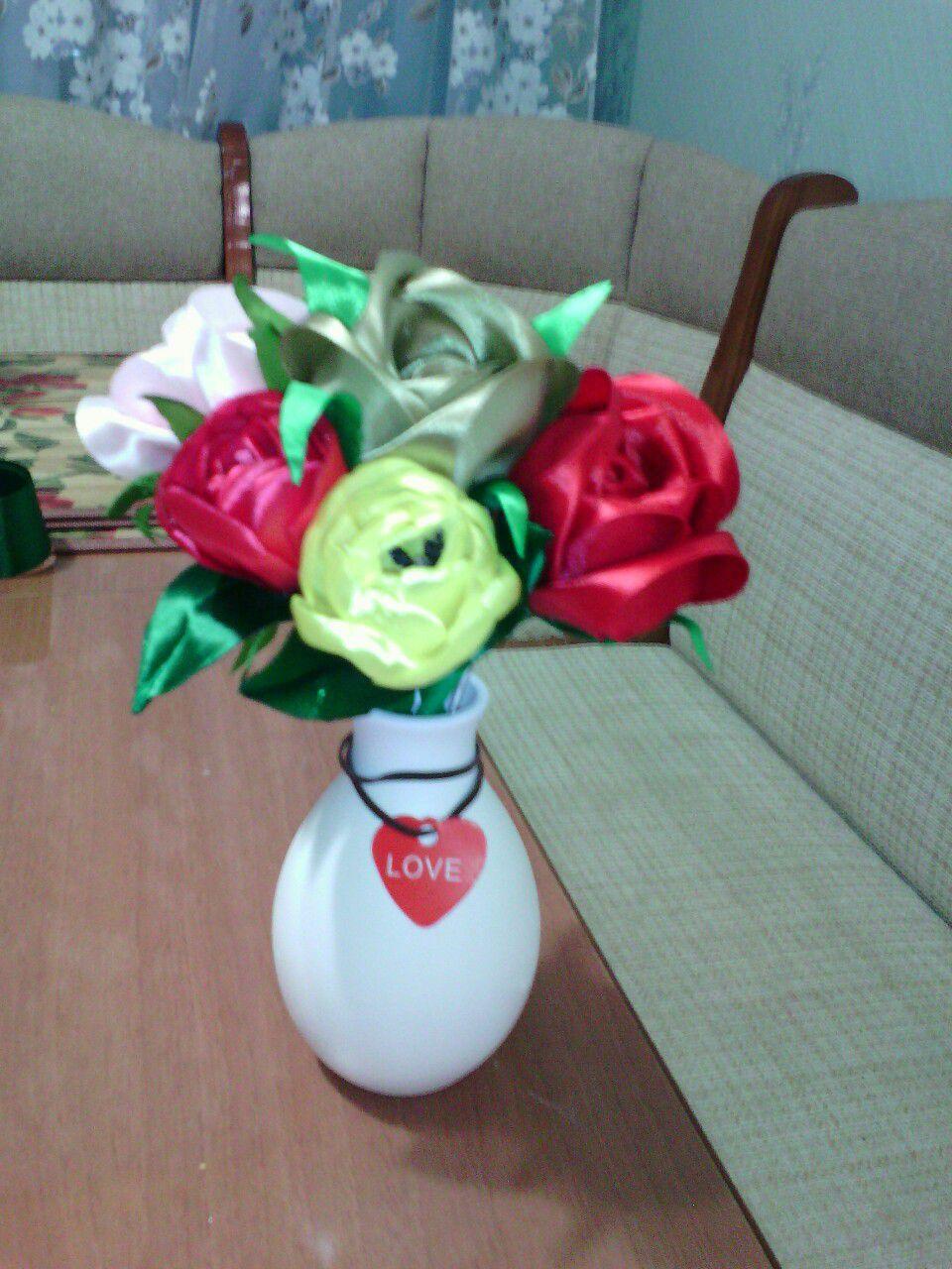букетцветов цветыручнойработы подаркина8марта тюльпаны