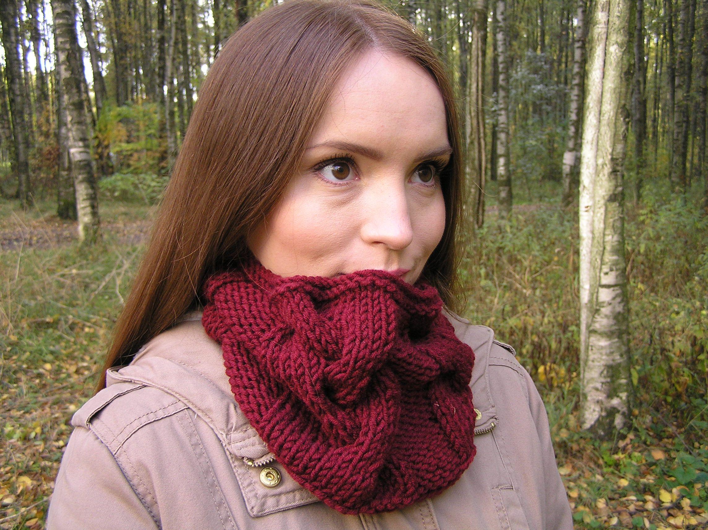 вязаный снуд сиреневый труба женский шарф спицами