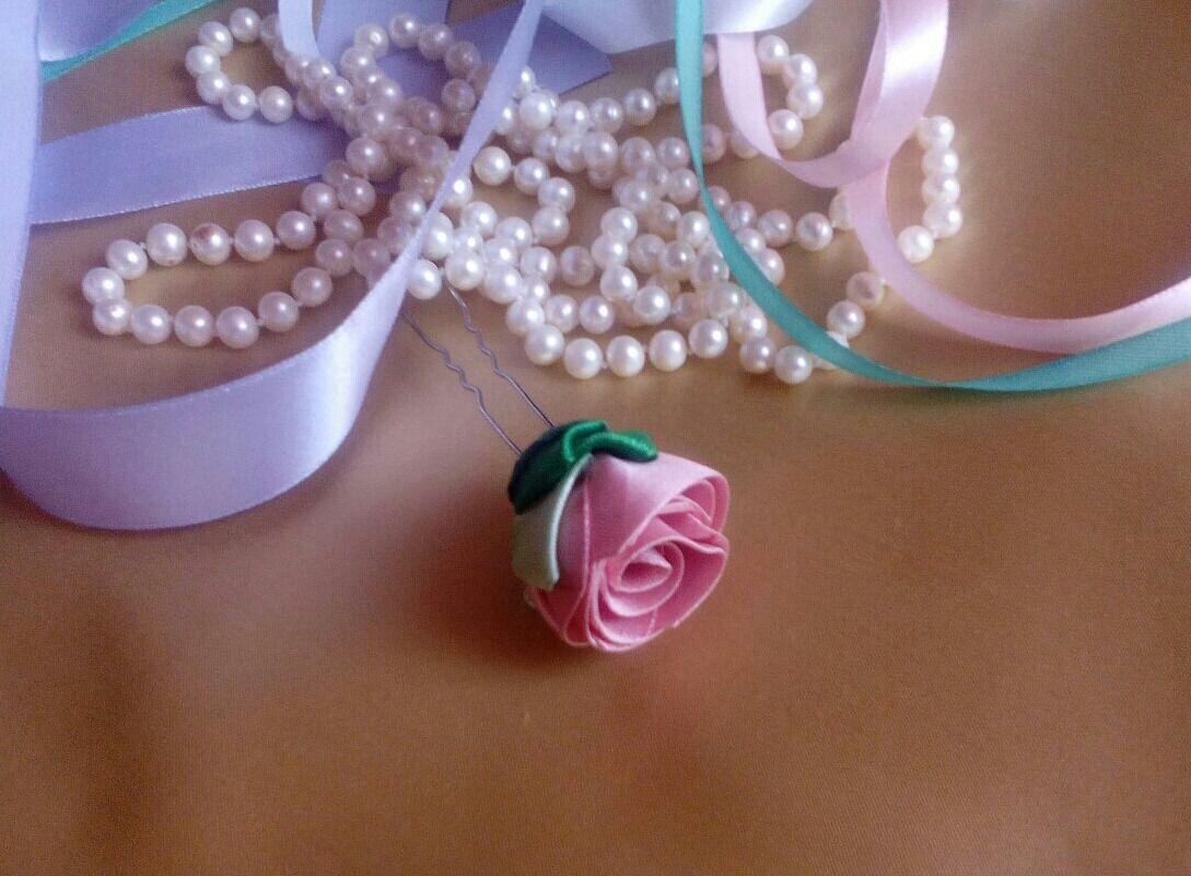 свадьба цветы розы шёлковыеленты прическа невеста шпилька розовый