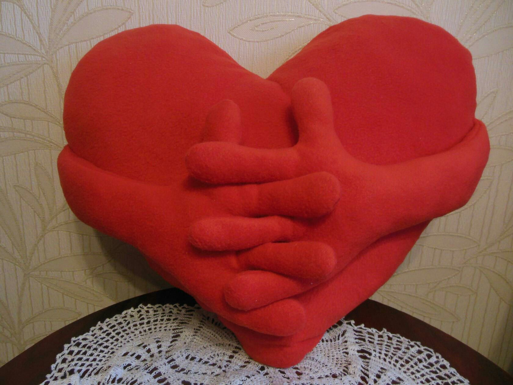 ручнаяработа подушка сердце подарок