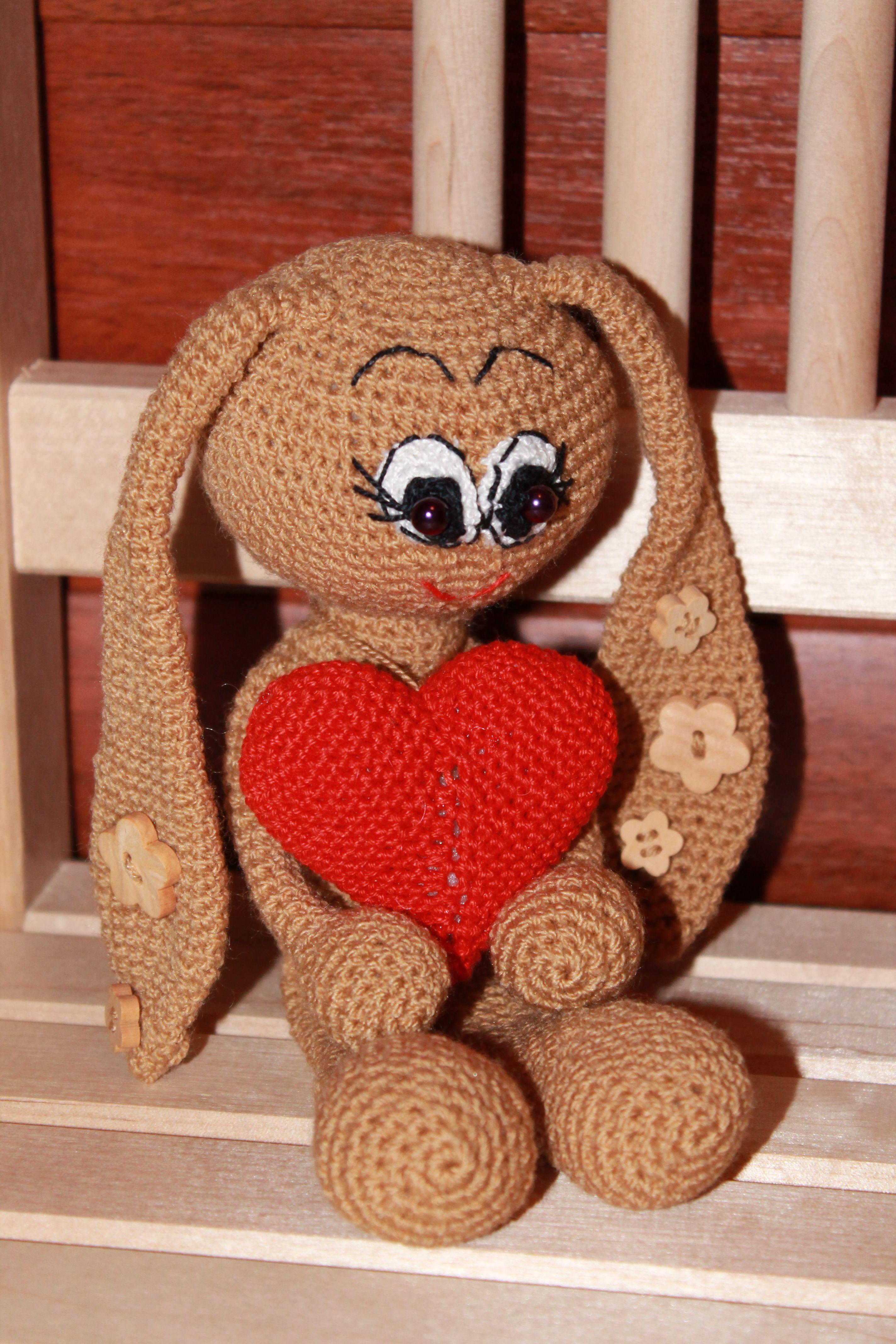 вязаныйзаяц амигурумикрючком игрушкавязанаякрючком подаркиручнойработы амигуруми зайка вязанаяигрушка развивающаяигрушка