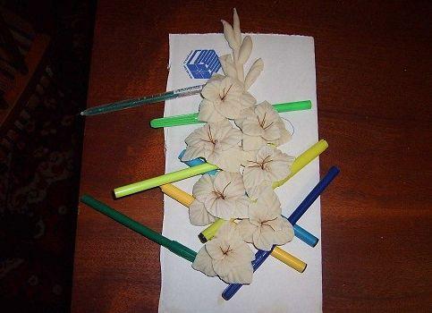 Тюльпаны из соленого теста своими руками пошаговая инструкция 15