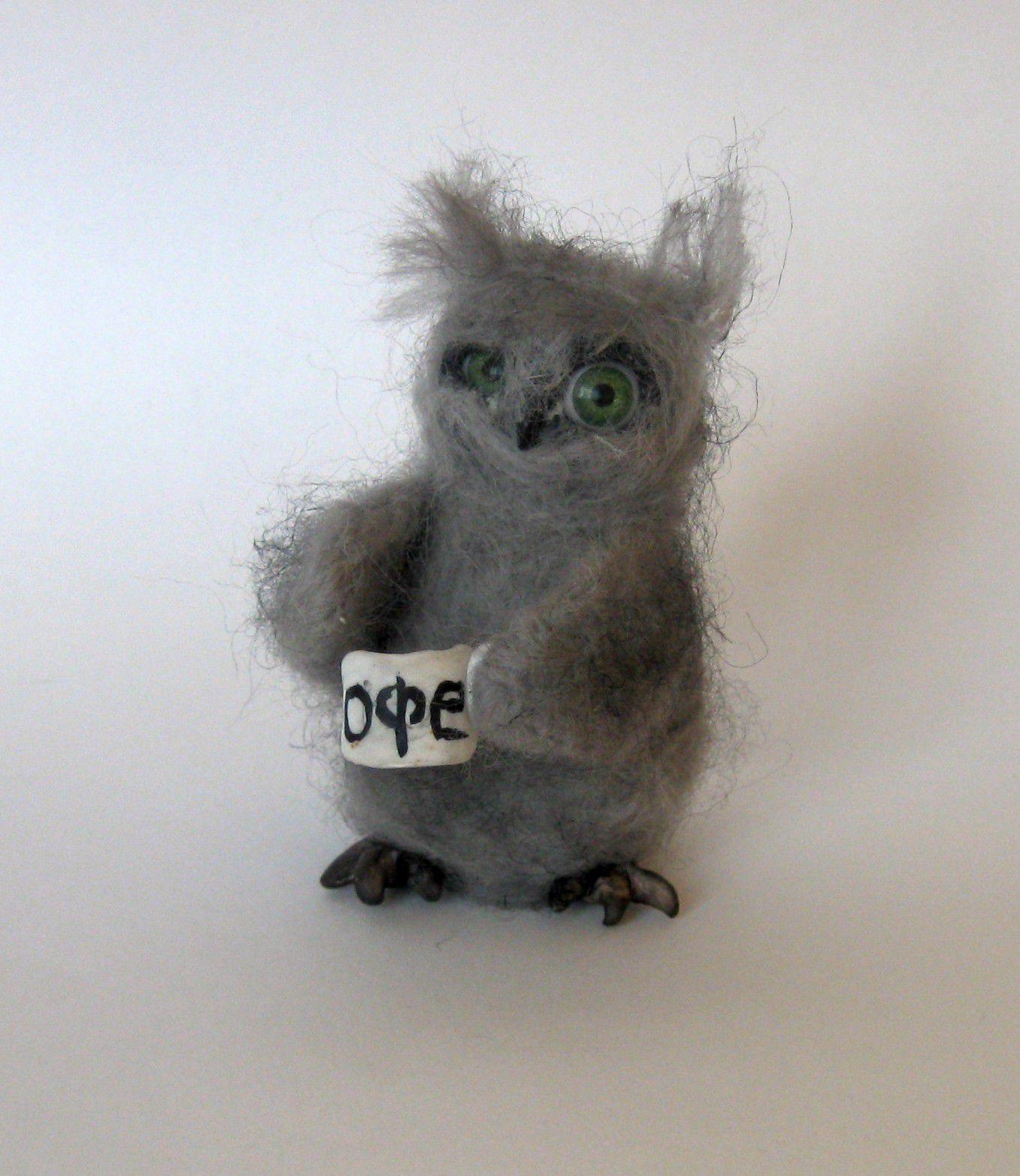 идея сова ручная подарка игрушка валяная войлок из работа коллекция миниатюр валяшка коллекционная маленькая валяние миниатюра цвет шерсти купить сувенир серый в подарок