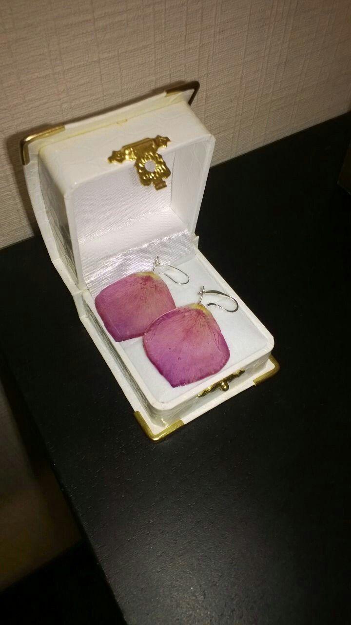 шиповник эпоксидная бижутерия лепестки сережки роза украшения смола