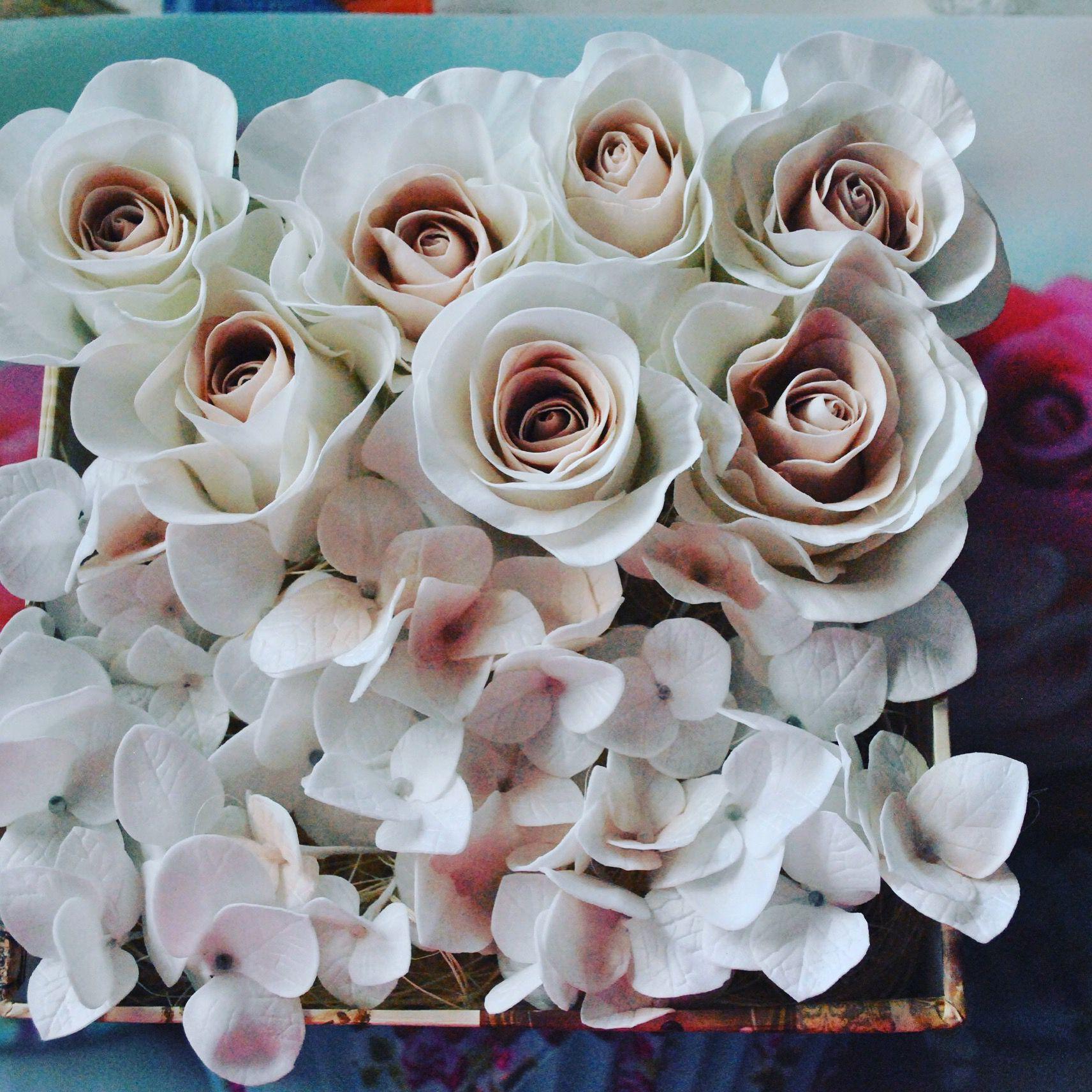 руками розы подарок своими