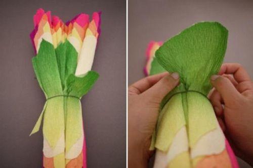 Цветы из гофрированной бумаги своими руками 11