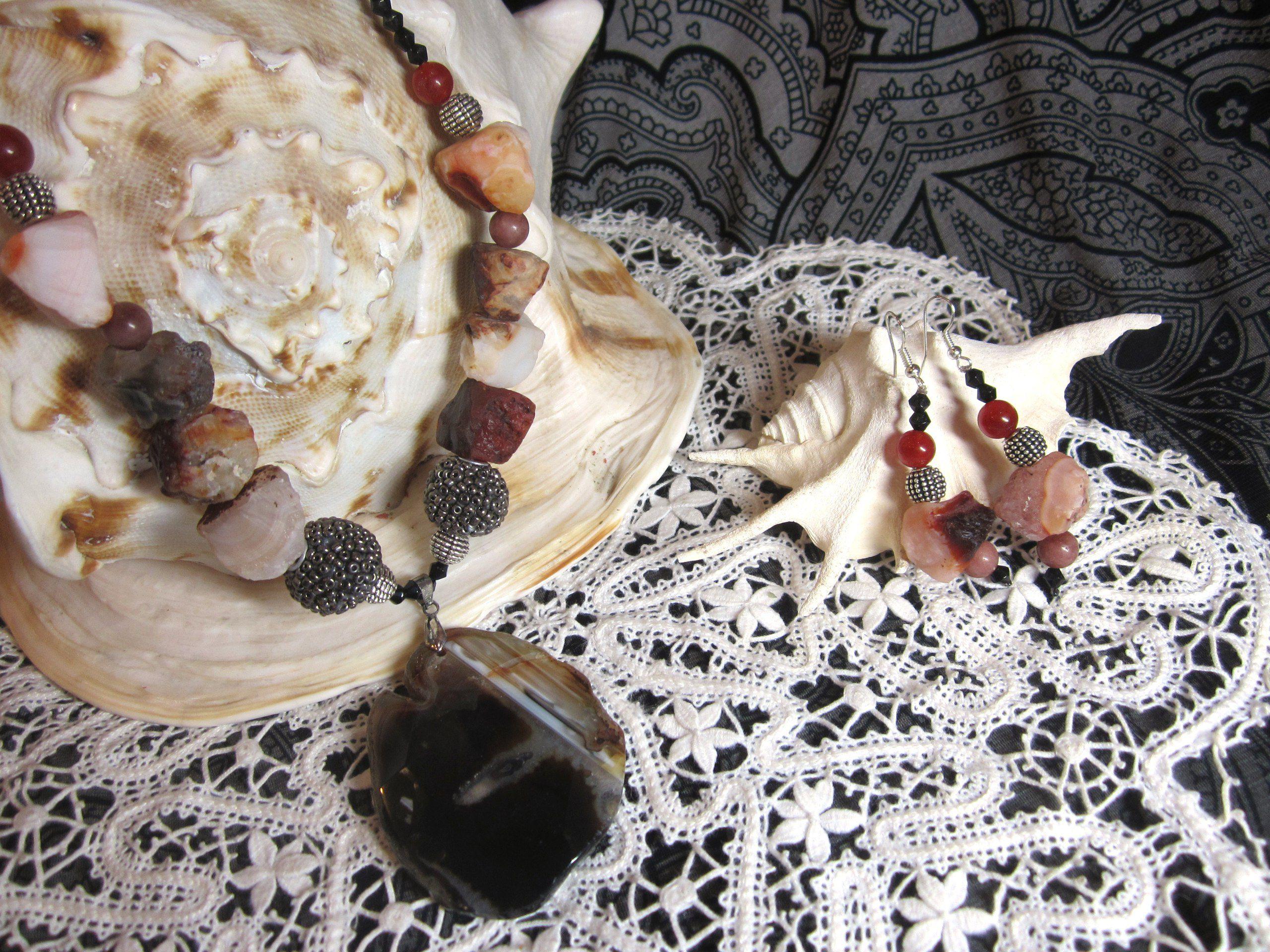 индонезийскаябусина необработанныйагат черныйагат натуральныйагат ручнаяработа