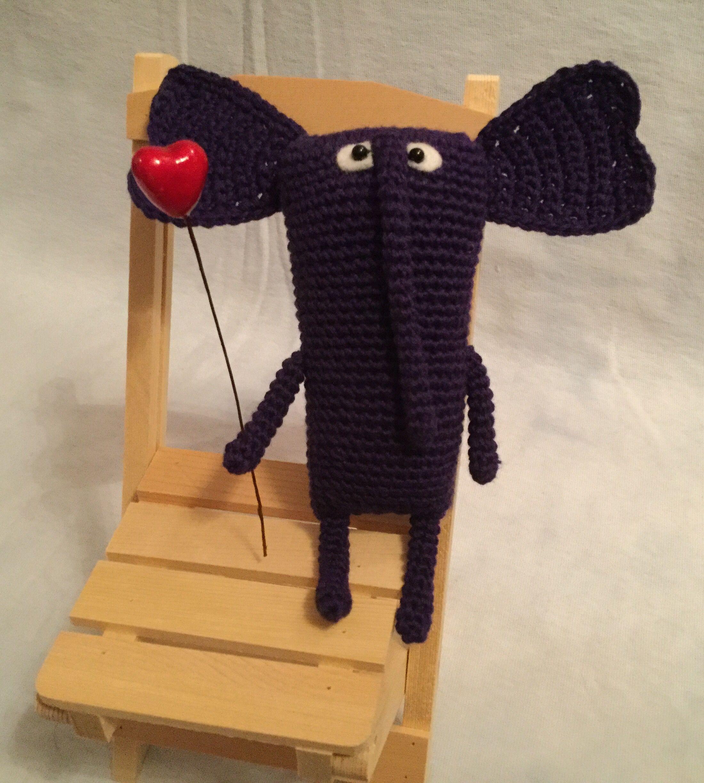игрушка ручнаяработа слон