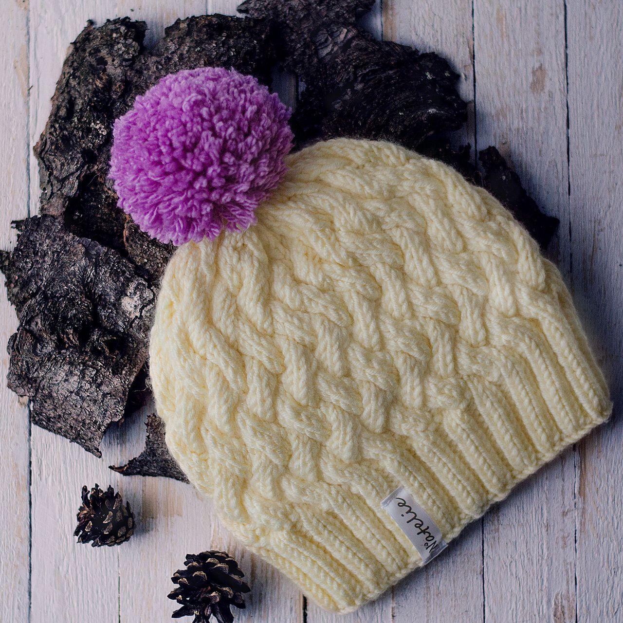 ручнаяработа вязанаяшапка вязание шапкаспомпоном шапка продажа одежда аксессуар спицами