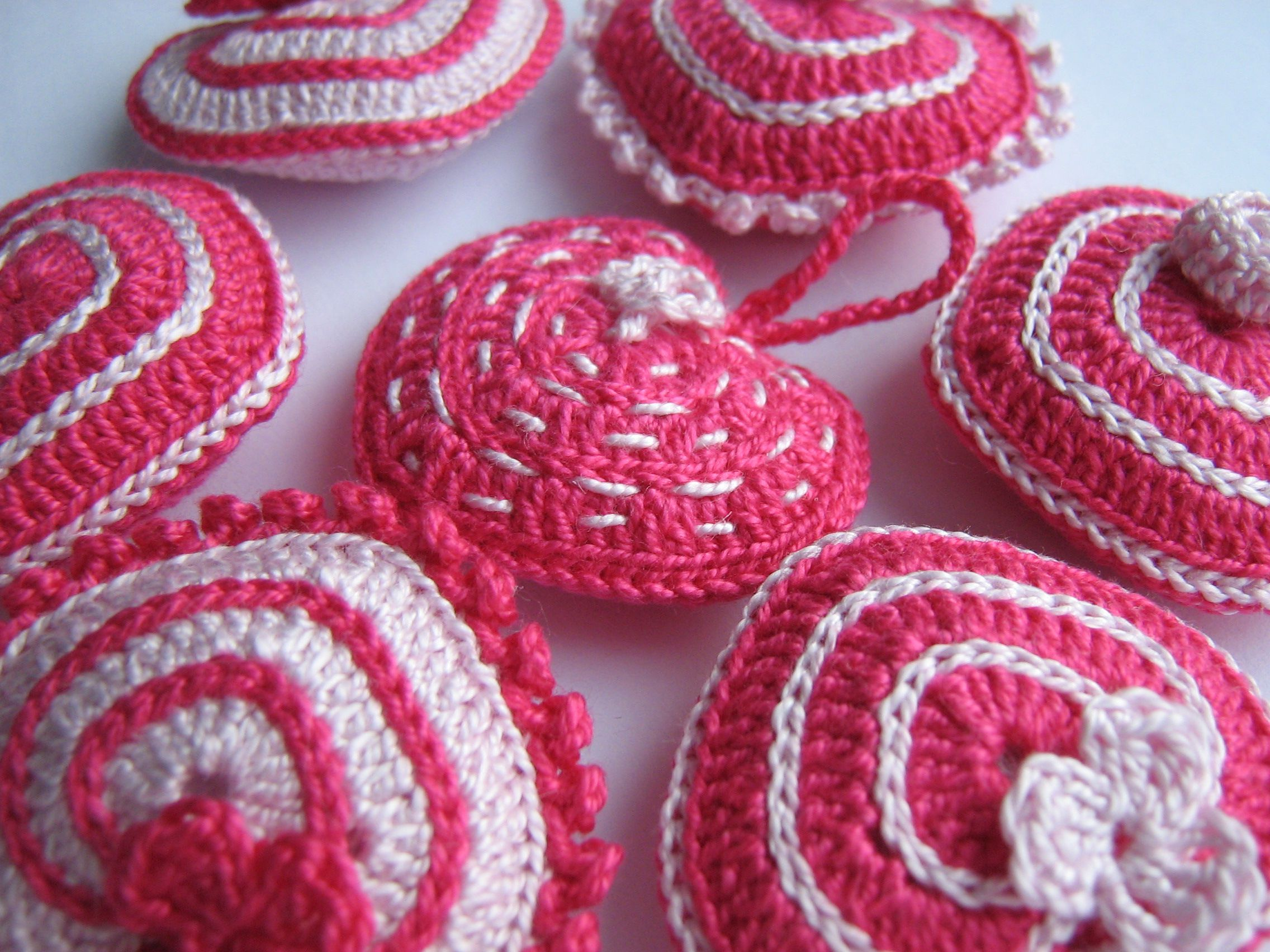 подарок любовь love сердечки брелок вязаниекрючком