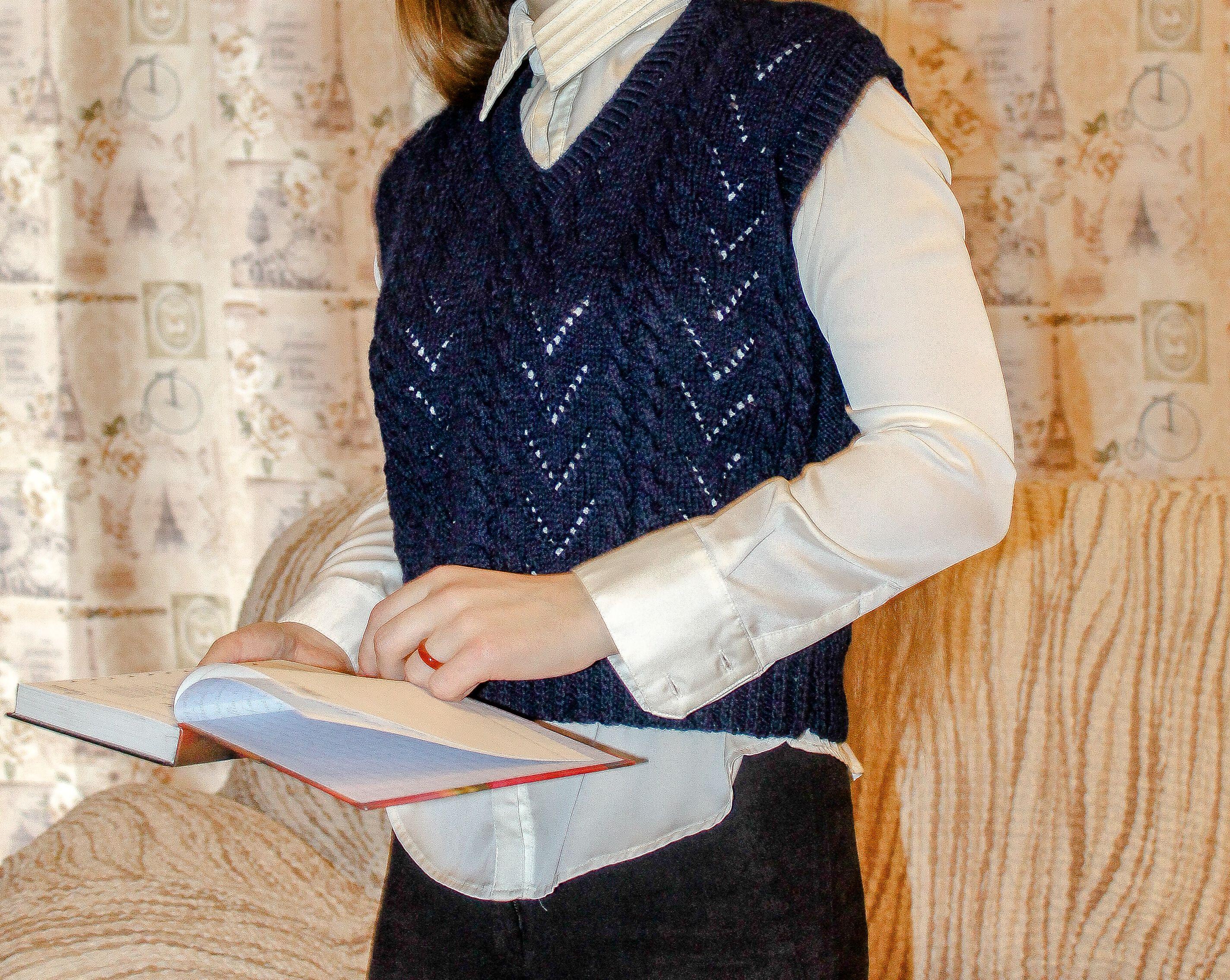 спицами тёмно жилет шерсти женский knitted для vest девочки buy заказ вязание купить женщин подарок вязаные синий вязаный женщине вещи