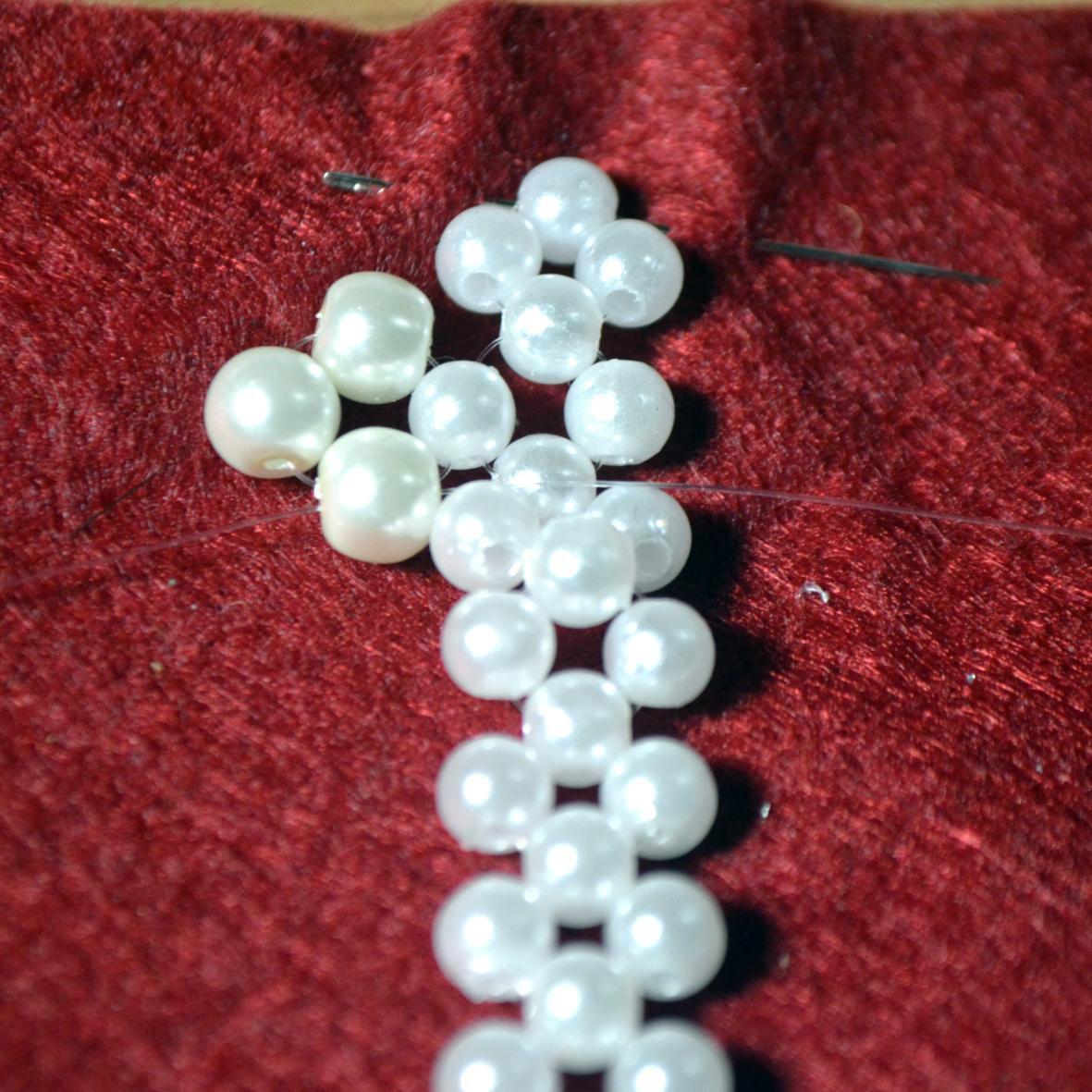 украшение хендмейд хобби бижутерия творчество поделки аксессуар сделайсам ожерелье вдохновение креативнаяидея украшениесвоимируками воротник жемчуг