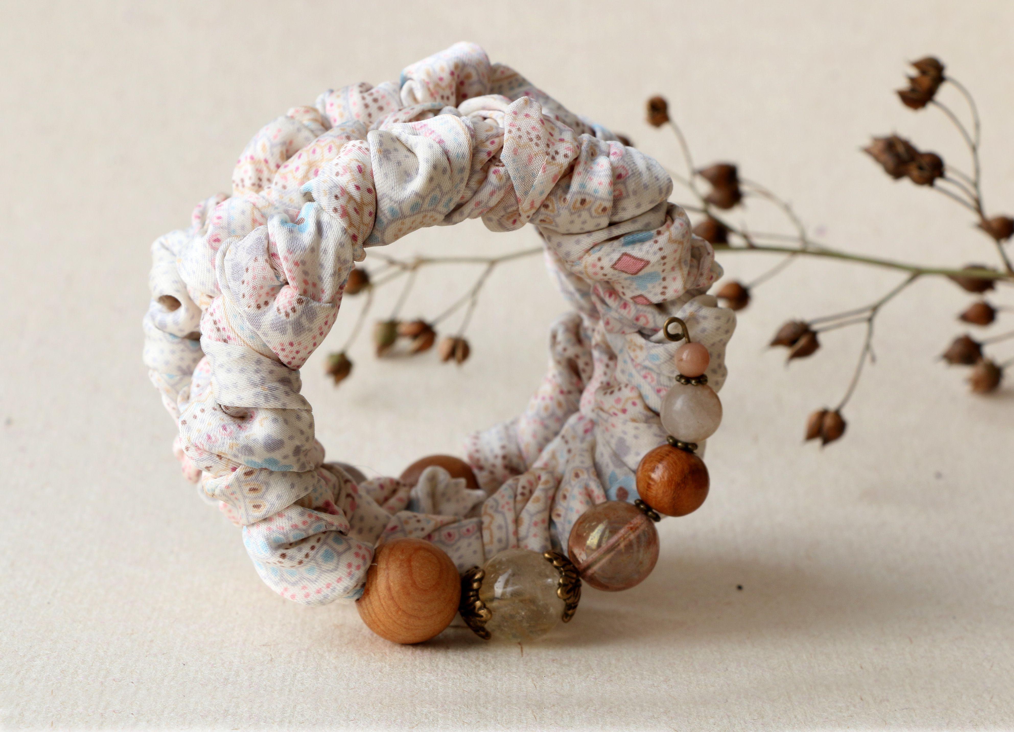 браслет голубой бежевый цветение розовый винтажный жатый текстильный весенний шелк романтичный