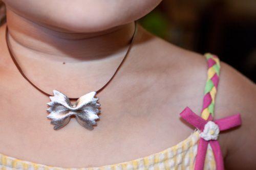 подарок брошь дети руками поделки идеи сам подвеска детское макароны сделай подарка ремесло детьмисвоими