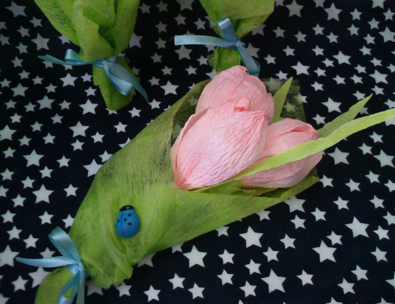 8марта цветы подарок своимируками