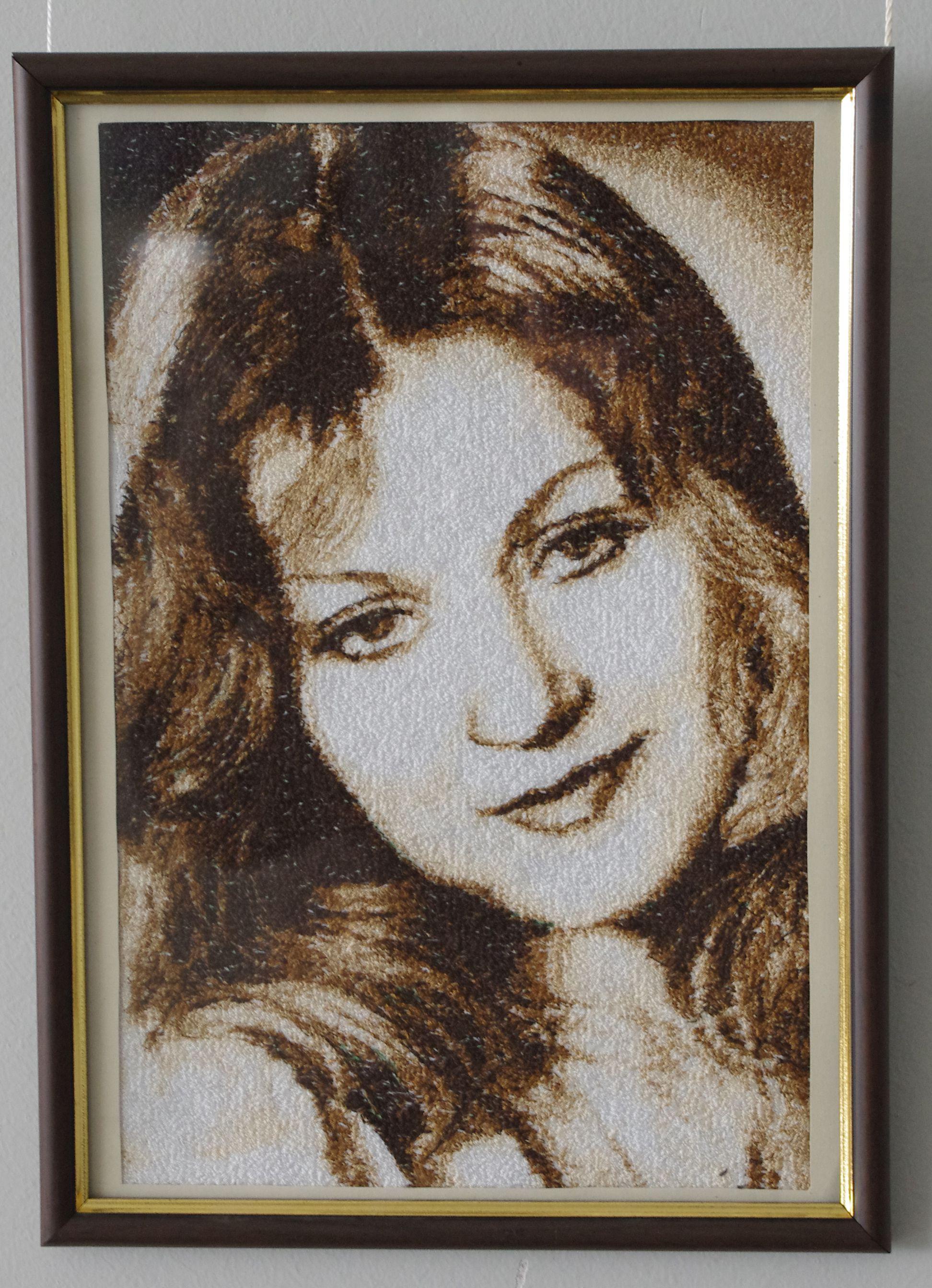вышивка по портрет фото подарок