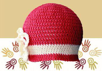 Красная шапочка с цветком