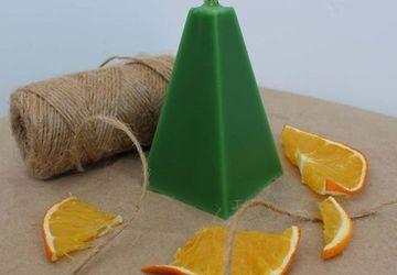 Зелёная свеча с маслом пихты ⠀