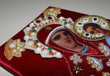 Икона Богородица 19-20в вышитая риза бархат жемчуг