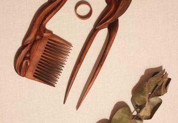 Деревянный набор для волос 2