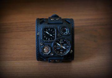 Часы мужские наручные на широком ремешке из натуральной кожи