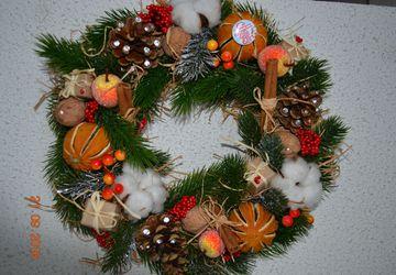 Рождественские и новогодние венки ручной работы