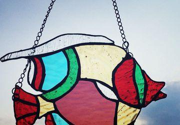 Витражная подвеска на окно Рыбка