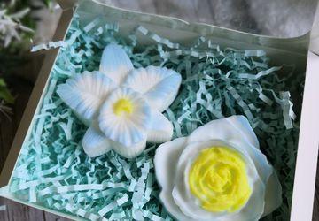 """Набор из мыла """"Голубые цветы"""""""